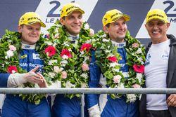 LMP2 podium: derde plaats #37 SMP Racing BR01 Nissan: Vitaly Petrov, Viktor Shaytar, Kirill Ladygin