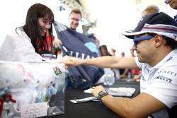 Felipe Massa, Williams, rencontre un fan