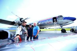 Hannes Arch, Red Bull Air-Race-Pilot; Max Verstappen, Red Bull Racing; Dr. Helmut Marko, Red-Bull-Mo