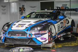 #95 Miedecke Stone Motorsport Aston Martin V12 Vantage