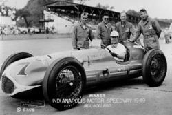 Race winner Bill Holland