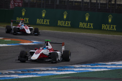 Nyck De Vries, ART Grand Prix leads Alexander Albon, ART Grand Prix