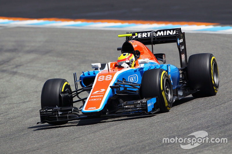 10. Rio Haryanto, Manor Racing MRT05