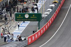 Felipe Massa, Williams FW38 sale desde pits