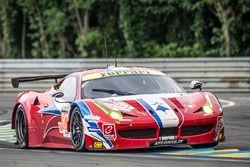 #83 AF CorseFerrari 458 Italia: Франсуа Перродо, Эммануэль Коллар, Руи Агуаш