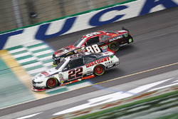 Brad Keselowski, Team Penske Ford, Cole Custer, JR Motorsports Chevrolet