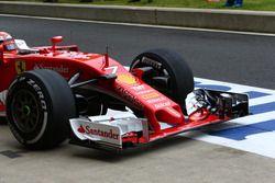 Ferrari, front wing