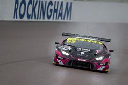#69 Barwell Motorsport Lamborghini Huracan GT3: Sam De Haan, Jonny Cocker