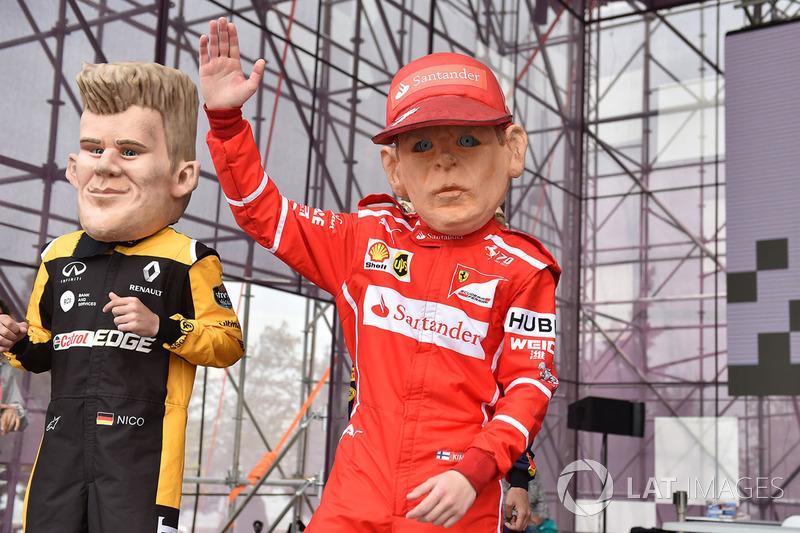 Guiñoles de Kimi Raikkonen, Ferrari, Nico Hulkenberg, Renault Sport F1 Team