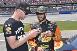 Cole Pearn, Martin Truex Jr., Furniture Row Racing, Toyota Camry Bass Pro Shops/5-hour ENERGY