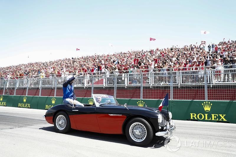 Pierre Gasly, Toro Rosso, en el drivers parade
