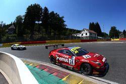 #24 RJN Motorsport Nissan GT-R NISMO GT3: Jordan Witt, Struan Moore