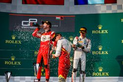 Podio: Leonardo Pulcini, Campos Racing, Nikita Mazepin, ART Grand Prix, Anthoine Hubert, ART Grand Prix