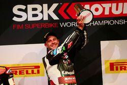 Podium: le vainqueur Jonathan Rea, Kawasaki Racing