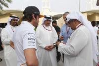 Fernando Alonso, McLaren, Sheikh Mohammed bin Essa Al Khalifa, CEO of the Bahrain Economic Development Board and McLaren Shareholder and Crown Prince Shaikh Salman bin Hamad Al Khalifa (BRN)
