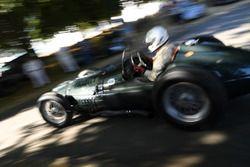 Дуг Хилл, BRM V16