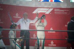 Podium: Dr. Dieter Zetsche, CEO, Mercedes Benz, is sprayed with Champagne by Lewis Hamilton, Mercedes AMG F1