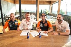Brad Binder, Red Bull KTM Ajo with Pit Beirer, Aki Ajo