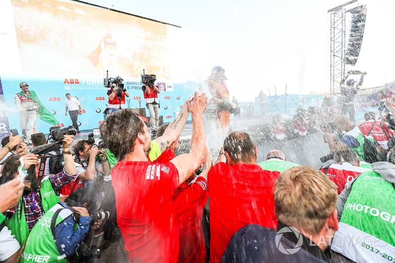 Podio: segundo lugar Lucas di Grassi, Audi Sport ABT Schaeffler, ganador de la carrera Daniel Abt, Audi Sport ABT Schaeffler, tercer lugar Jean-Eric Vergne, Techeetah