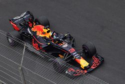 Winnaar Daniel Ricciardo, Red Bull Racing RB14 viert