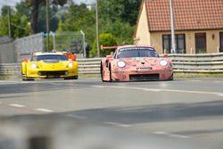 #92 Porsche GT Team Porsche 911 RSR: Michael Christensen, Kevin Estre, Laurens Vanthoor, #63 Corvette Racing Chevrolet Corvette C7.R: Jan Magnussen, Antonio Garcia, Mike Rockenfeller