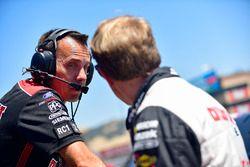 Brad Keselowski, Team Penske, Ford Fusion Discount Tire, Paul Wolfe
