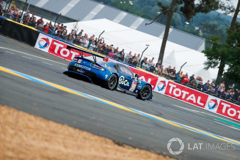 Spin atan araç #90 TF Sport Aston Martin Vantage: Salih Yoluc, Euan Alers-Hankey, Charles Eastwood