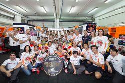 MotoGP-Weltmeister 2017: Marc Marquez, Repsol Honda Team, mit Dani Pedrosa, Repsol Honda Team