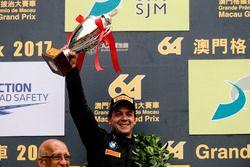 Podio: segundo lugar Augusto Farfus, BMW Team Schnitzer, BMW M6 GT3