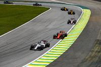 Феліпе Масса, Williams FW40, Фернандо Алонсо, McLaren MCL32, Серхіо Перес, Sahara Force India F1 VJM10, Ніко Хюлькенберг, Карлос Сайнс-мол., Renault Sport F1 Team RS17