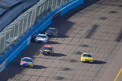 Kyle Busch, Joe Gibbs Racing Toyota, Derrike Cope, StarCom Racing, StarCom Fiber\Ashurst American Ho
