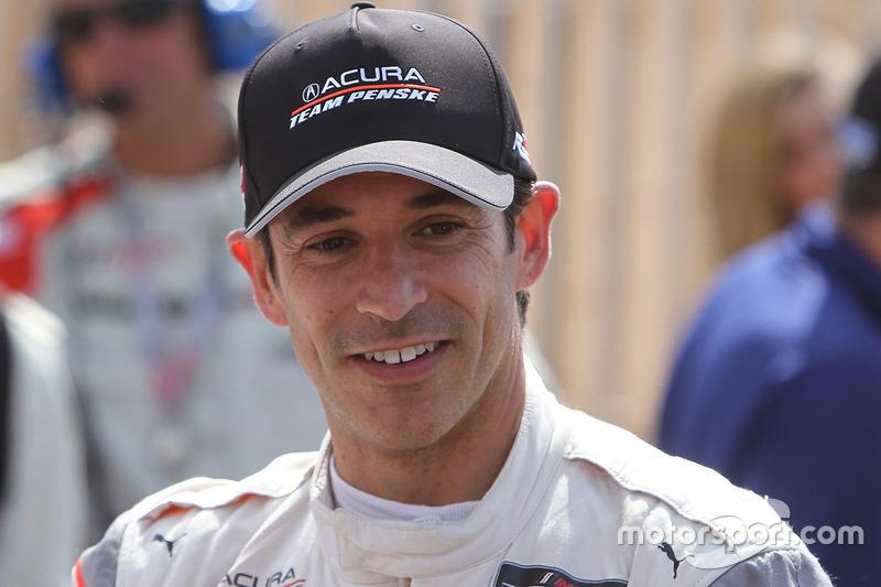 Ganador de la carrera Helio Castroneves, Acura Team Penske
