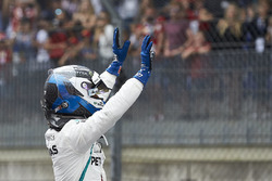 Valtteri Bottas, Mercedes AMG F1, celebrates pole position