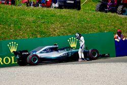 Valtteri Bottas, Mercedes-AMG F1 W09 se retira de la carrera