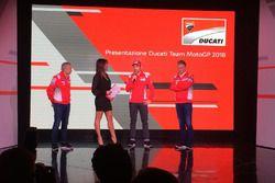 Davide Tardozzi, Team Manager Ducati e Paolo Ciabatti, Direttore Sportivo Ducati e Michele Pirro, te