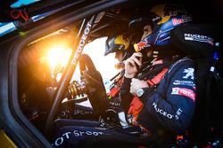 #300 Peugeot Sport Peugeot 3008 DKR: Stéphane Peterhansel, Jean-Paul Cottret