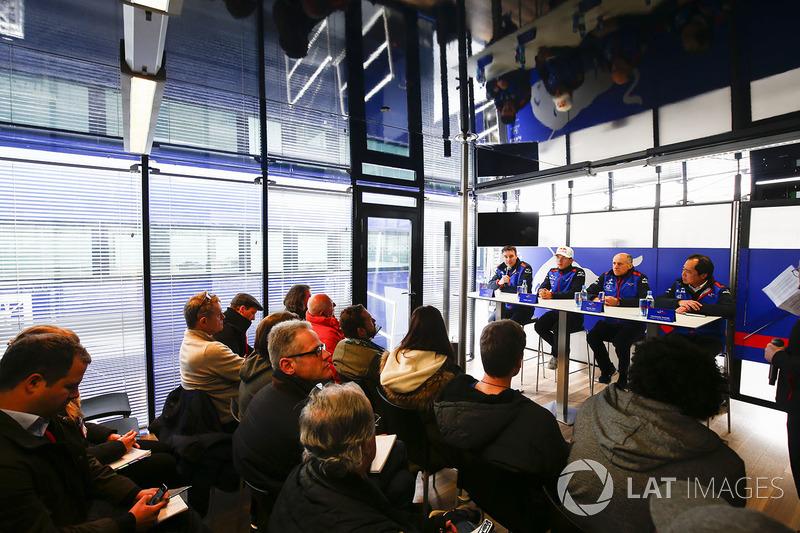James Key, Scuderia Toro Rosso,Pierre Gasly, Scuderia Toro Rosso, Franz Tost, Team Principal, Scuderia Toro Rosso, Toyoharu Tanabe, Honda