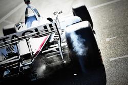 Josef Newgarden, Team Penske Chevrolet burn out