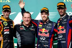 Podium: second place Romain Grosjean, Lotus F1, Matt Cadieux, Chief Information Officer, Red Bull Ra