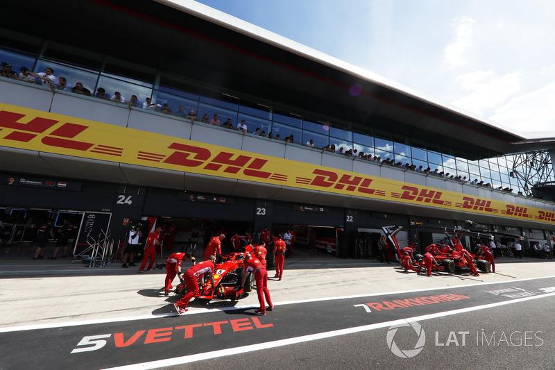 Sebastian Vettel, Ferrari SF71H, and Kimi Raikkonen, Ferrari SF71H