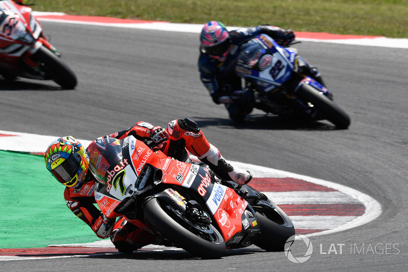 Chaz Davies, Aruba.it Racing-Ducati SBK Team, Alex Lowes, Pata Yamaha