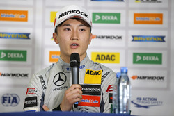 Press Conference, Tadasuke Makino, Hitech Grand Prix, Dallara F317 - Mercedes-Benz