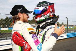 Yarış galibi #31 Team Parker Racing Bentley Continental GT3: Rick Parfitt, Seb Morris