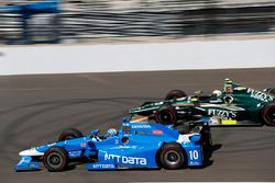Tony Kanaan, Chip Ganassi Racing Honda, Ed Carpenter, Ed Carpenter Racing Chevrolet