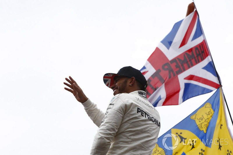 Race winner Lewis Hamilton, Mercedes AMG F1, celebrates with the fans