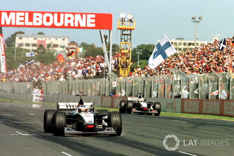 Mika Hakkinen, McLaren MP4/13, David Coulthard, McLaren MP4/13