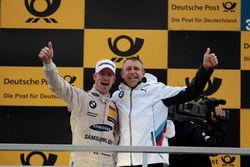 Podium: Maxime Martin, BMW Team RBM, BMW M4 DTM et Bart Mampaey, Team principal BMW Team RBM
