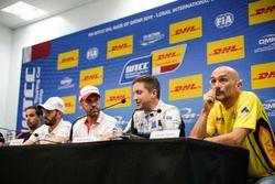 Pressekonferenz: Gabriele Tarquini, LADA Sport Rosneft, Lada Vesta; Robert Dahlgren, Polestar Cyan R