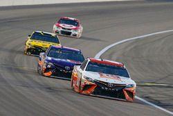 Matt Kenseth, Joe Gibbs Racing Toyota, Denny Hamlin, Joe Gibbs Racing Toyota, Daniel Suarez, Joe Gib