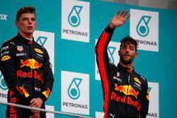 Podium: Racewinnaar Max Verstappen, Red Bull Racing, derde plaats Daniel Ricciardo, Red Bull Racing